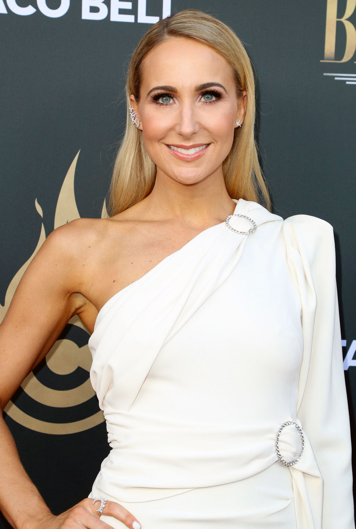 Nikki Glaser Nude Pics and Porn Video - 2020 UPDATE ...
