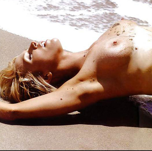 Poppy montgomery nude photo