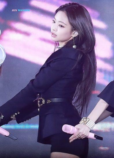 rose blackpink nude on stage