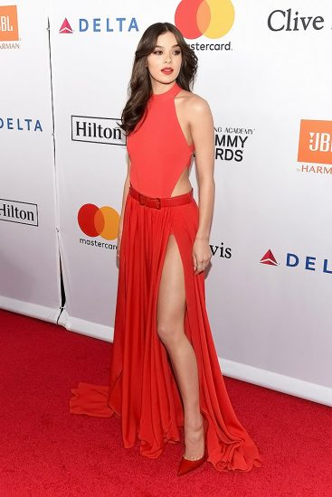 Hailee Steinfeld Nude Pics & Hot Scenes Collection 40