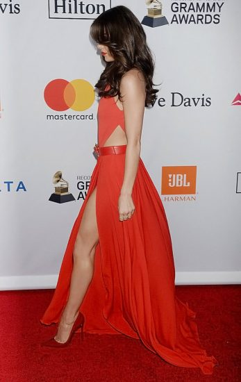Hailee Steinfeld Nude Pics & Hot Scenes Collection 54