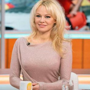 Pamela Anderson Nude Pics and Leaked Sex Tape 146