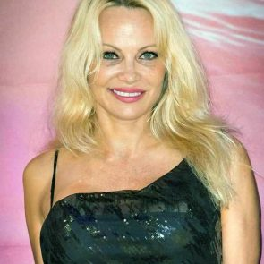 Pamela Anderson Nude Pics and Leaked Sex Tape 142