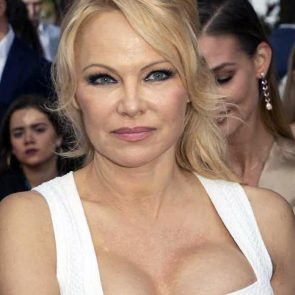 Pamela Anderson Nude Pics and Leaked Sex Tape 117