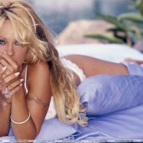 Pamela Anderson Nude Pics and Leaked Sex Tape 113
