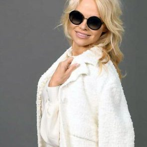 Pamela Anderson Nude Pics and Leaked Sex Tape 149