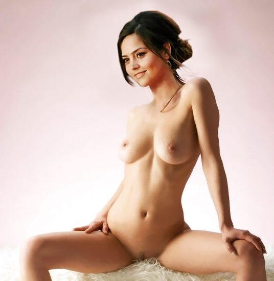 Nackt jenna coleman Jenna Louise