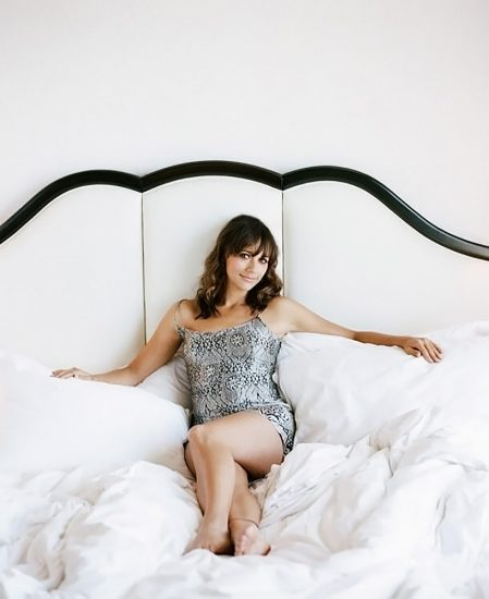 Rashida Jones Nude Pics, LEAKED Sex Tape Porn Video And Sex Scenes 18