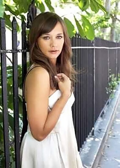 Rashida Jones Nude Pics, LEAKED Sex Tape Porn Video And Sex Scenes 17