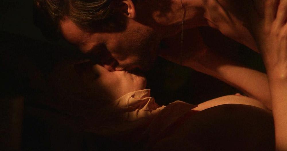 Alison Brie naked sex scene