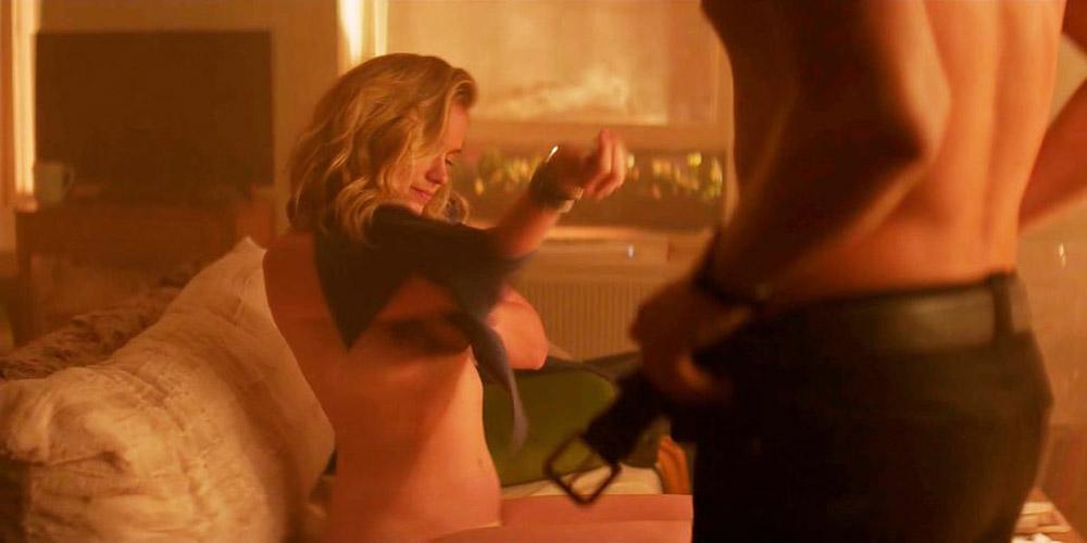 Elizabeth Lail Naked