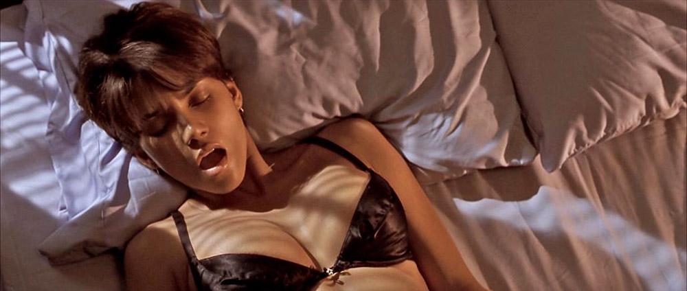 Halle Berry sex video