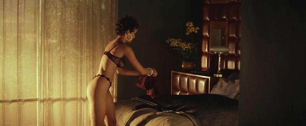 Halle Berry hot lingerie