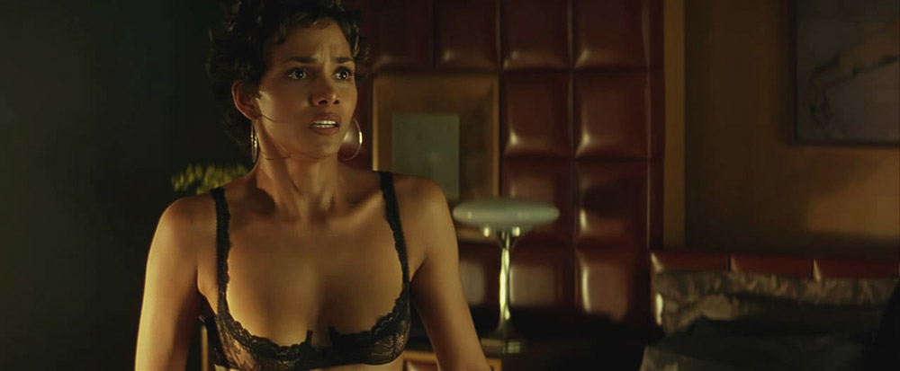 Halle Berry sexy lingerie