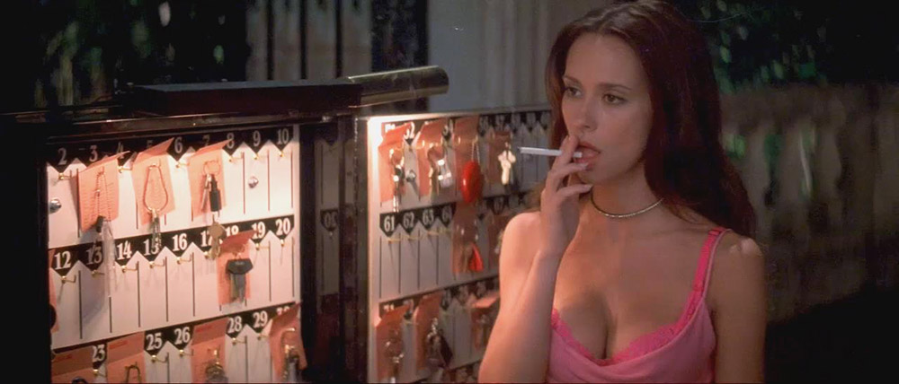 Jennifer Love Hewitt Nude & Sexy Pics And Naked Sex Scenes 11