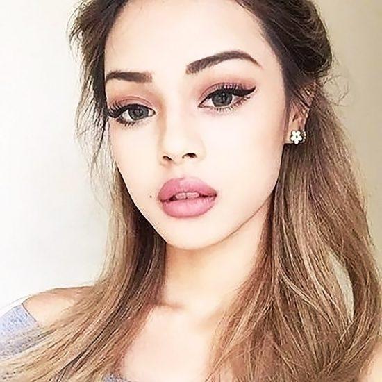 Lily Maymac sexy selfie