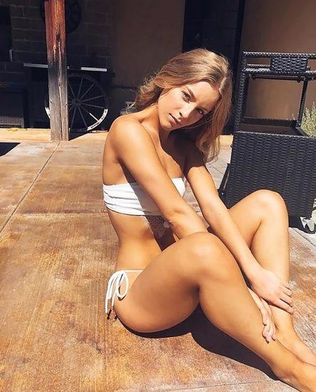 Daisy Keech booty
