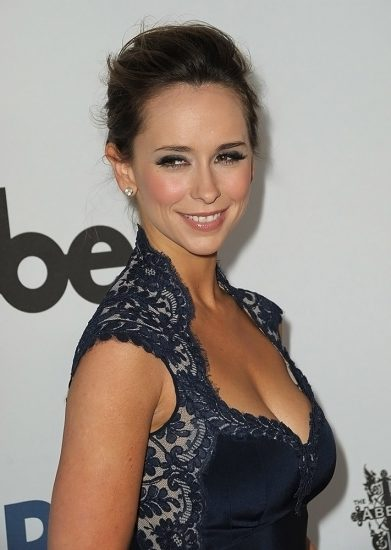 Jennifer Love Hewitt Nude & Sexy Pics And Naked Sex Scenes 60