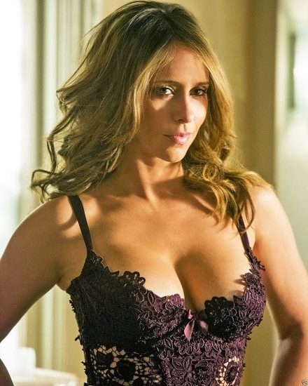Jennifer Love Hewitt Nude & Sexy Pics And Naked Sex Scenes 55