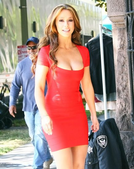 Jennifer Love Hewitt Nude & Sexy Pics And Naked Sex Scenes 53