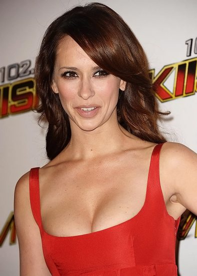 Jennifer Love Hewitt Nude & Sexy Pics And Naked Sex Scenes 42