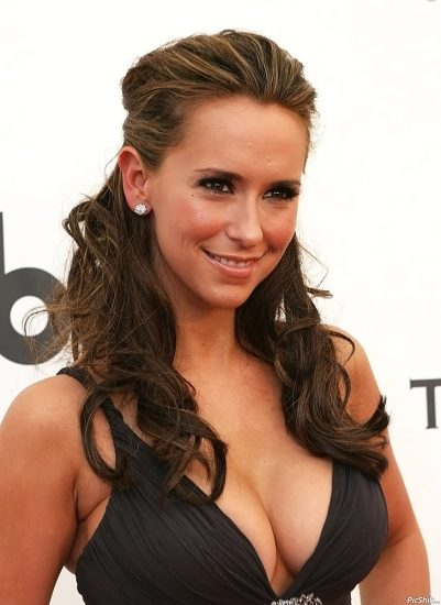 Jennifer Love Hewitt Nude & Sexy Pics And Naked Sex Scenes 39