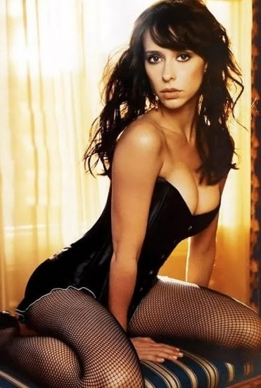 Jennifer Love Hewitt Nude & Sexy Pics And Naked Sex Scenes 29