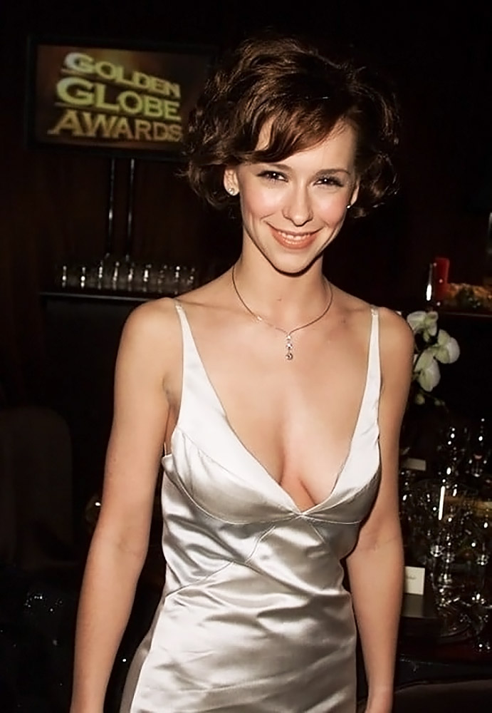 Jennifer Love Hewitt Nude & Sexy Pics And Naked Sex Scenes