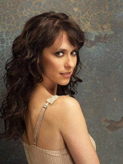 Jennifer Love Hewitt nude back
