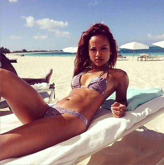 Karrueche Tran bikini selfie