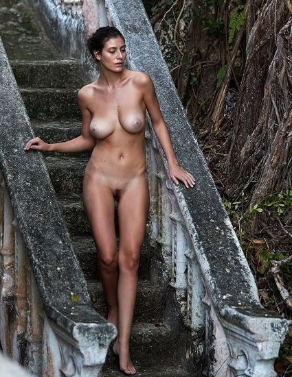 Alejandra Guilmant NUDE & Topless Photos Collection 64