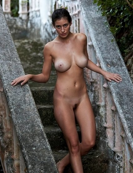 Alejandra Guilmant NUDE & Topless Photos Collection 62