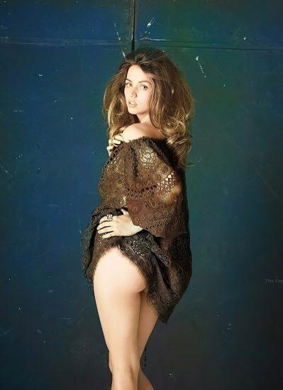 Ana de Armas Nude & LEAKED Porn And Topless Sex Scenes 9