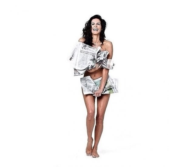 Angie Harmon Nude & Sexy Photos And Topless Sex Scenes 47
