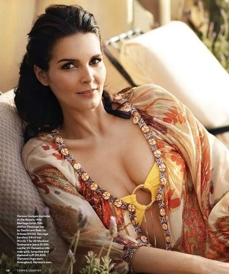 Angie Harmon Nude & Sexy Photos And Topless Sex Scenes 27