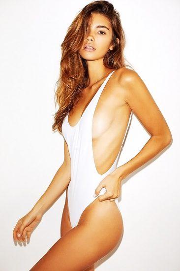 Cindy Mello naked sideboob