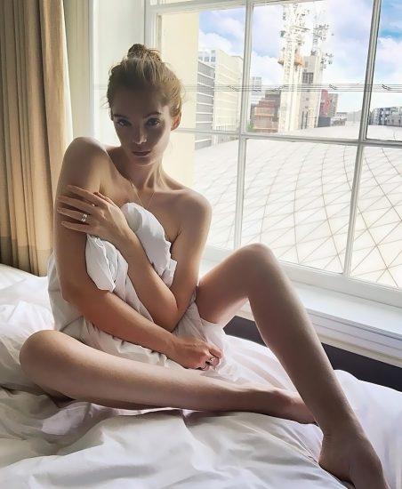Alexina Graham LEAKED Nude Pics & Blowjob Porn 5