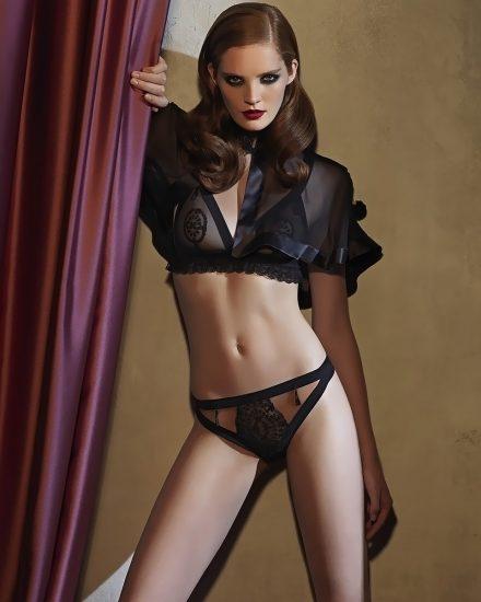 Alexina Graham LEAKED Nude Pics & Blowjob Porn 93