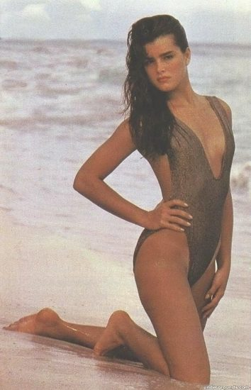 Brooke Shields Nude & Topless Pics And Sex Scenes Compilation 61