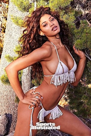 Danielle Herrington NUDE & Topless Pics for Sports Illustrated 72