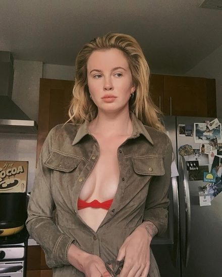 Ireland Baldwin Nude & Topless Pics And Porn Video 167