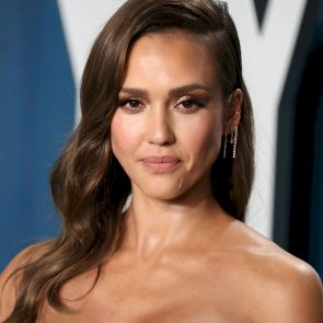 Jessica Alba Nude and Leaked Porn Video – 2020 News! 51