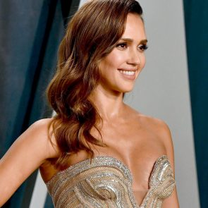 Jessica Alba Nude and Leaked Porn Video – 2020 News! 59