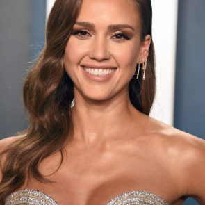 Jessica Alba Nude and Leaked Porn Video – 2020 News! 56