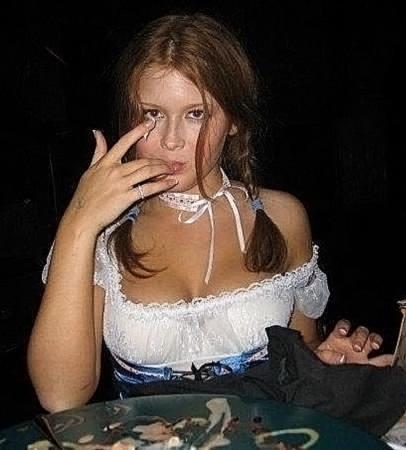 Renee Olstead Nude LEAKED Photos & Sex Tape Porn Video 2