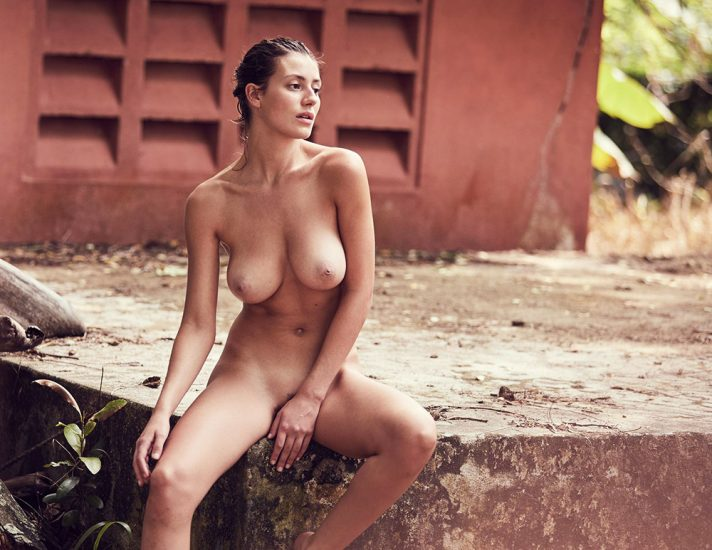 Alejandra Guilmant NUDE & Topless Photos Collection 24