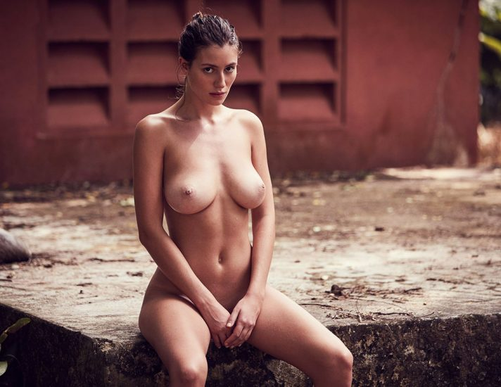 Alejandra Guilmant NUDE & Topless Photos Collection 30
