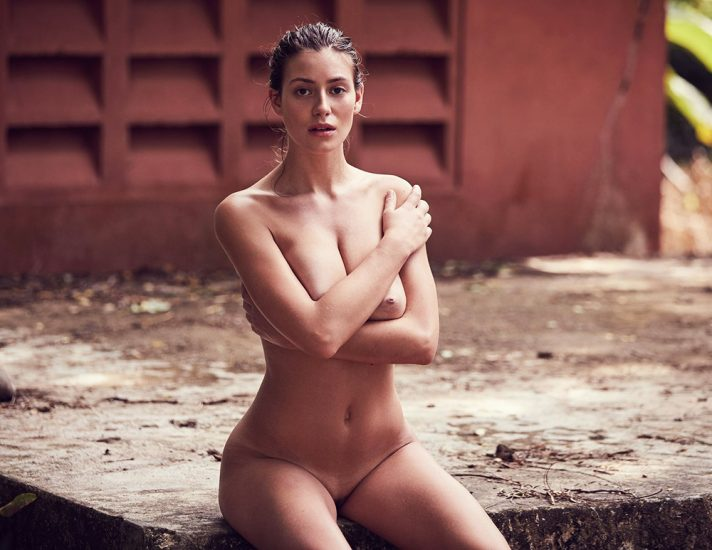 Alejandra Guilmant NUDE & Topless Photos Collection 31