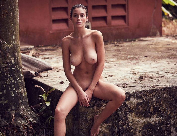 Alejandra Guilmant NUDE & Topless Photos Collection 37