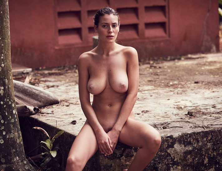 Alejandra Guilmant NUDE & Topless Photos Collection 41